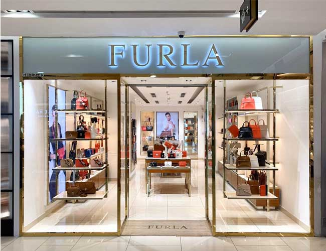 Furla Store chinh hang tại TTTM Vincom Ba trieu Ha noi