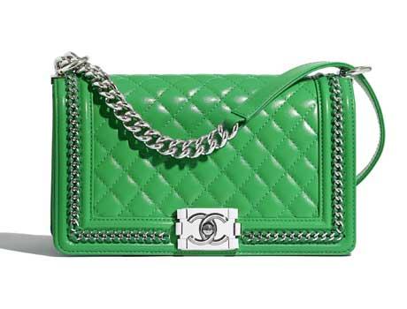 Túi xách Chanel Boy da bê màu xanh lá