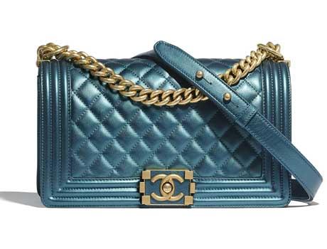 Túi xách Chanel Boy da bê màu xanh kim loại