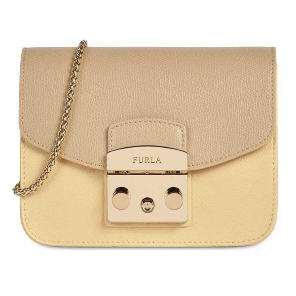 Túi xách Furla Metropolis có giá bán từ 5-10 tr đồng