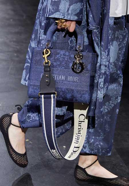 Túi xách Lady Dior mẫu mới nhất 2021-2022